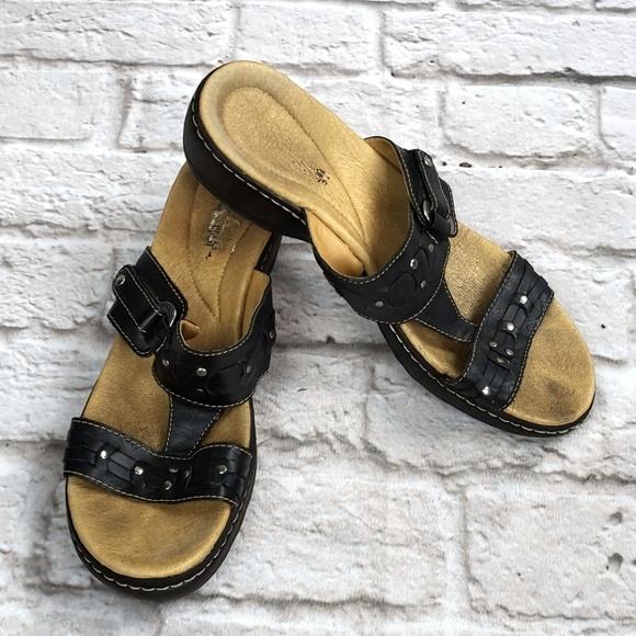 Clarks Shoes - Clarks Black Leather Studded slide Sandal Size 11